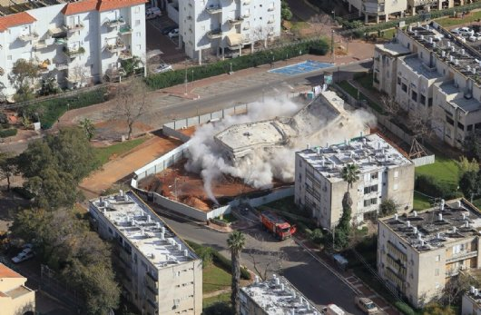 Kfar Saba Demolition by Tamar Explosives